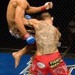 【WEC41】MMA史上初、アルドが飛びヒザ2連打で完勝
