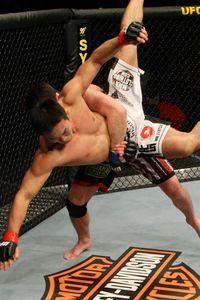 【UFC104】ソネンにみる奥深さ、岡見の復帰戦は完敗