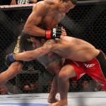 【UFC142】無敗のメンデス一蹴、アルドがタイトル防衛