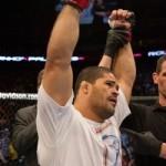【UFC111】トキーニョ、ヒールフックでデューエルを秒殺