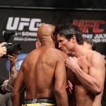 【UFC148】計量後にアンデウソンが、ソネンに肩パンチ