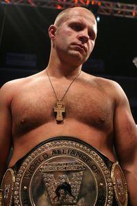 【Affliction】ヒョードルが一撃でKO、元UFC王者を撃破!