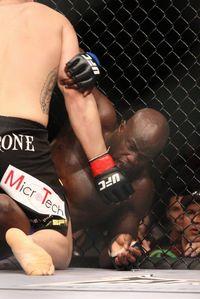 【UFC107】カンゴ? ブエンテーロ?? ヘビー級の見所は
