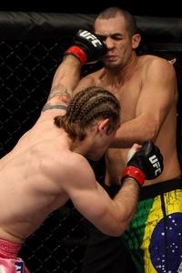 【UFC107】ベルチャー、秋山戦敗北から再起に成功