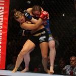 【UFC157】最強ロンダのTDに注目。カモーシェは間合い勝負