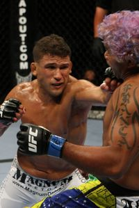 【UFC103】パーフェクトプラン実行、タイ・グリTKO勝ち