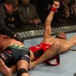 【UFC109】クートゥアーが鉄人戦制す、ホーレスは完敗