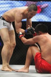 【OFC02】韓×比対決は、クォン・ベヨンに凱歌