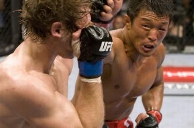 【UFC100】秋山成勲、合格点のUFCデビュー