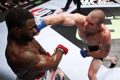 【Strikeforce】マーコート、殴り合い制しウェルター級世界王者に