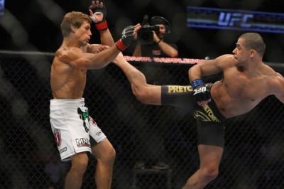 【UFC169】ユライア、悲願の王座奪取は遠距離の対処が鍵?!