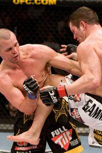 【UFC93】TUF2戦士=デイビス、大歓声をバックに勝利