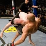 【UFC91】レスナー、クートゥアー破り快挙達成!