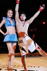 【LFC】キム・フンの負傷で、本領発揮前にK太郎TKO勝利