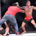 【PXC40】無敗のアルバレスが左ハイキックで秒殺KO勝利