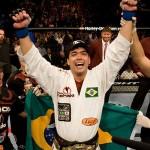 """【UFC98】""""新王者""""リョートが誕生、吉田はUFC2勝目"""
