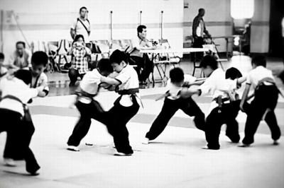 【写真】子どもたちが摔跤の稽古に励む(C)Taipei County Shuai Chiao Association