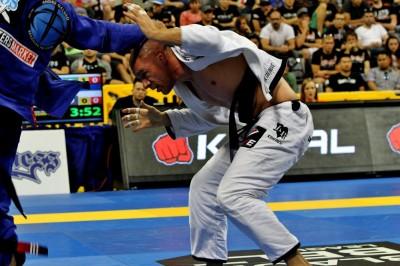【Legacy FC35】米国柔術界の雄ラファエル・ロバトJrが、MMAデビュー
