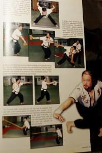 【写真】米国のマーシャルアーツ・マガジンに掲載されたチャン・ターウェイ師範と摔跤。その鍛錬方法を見ると、単なる競技格闘技でないことは明らかだ(C)MMAPLANET