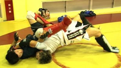 【動画】カン・ギョンホ戦控える田中路教と、日沖発がスパー。UFC JAPAN 2014ひかりTV特別番組