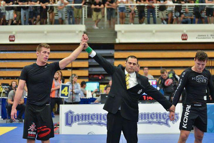 Keenan Cornelius vs Oliveira