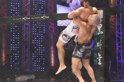 【写真】キル・ヨンボックといえば豪快なバックスローが代名詞だが、打撃の成長も侮れない(C)MMAPLANET