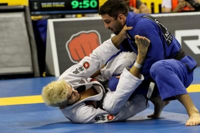 【写真】世界柔術ではルーカス・レプリに敗れ3位に。この戦績が残念に感じるだけサトシは柔術で結果を残し続けて来ている(C)MMAPLANET