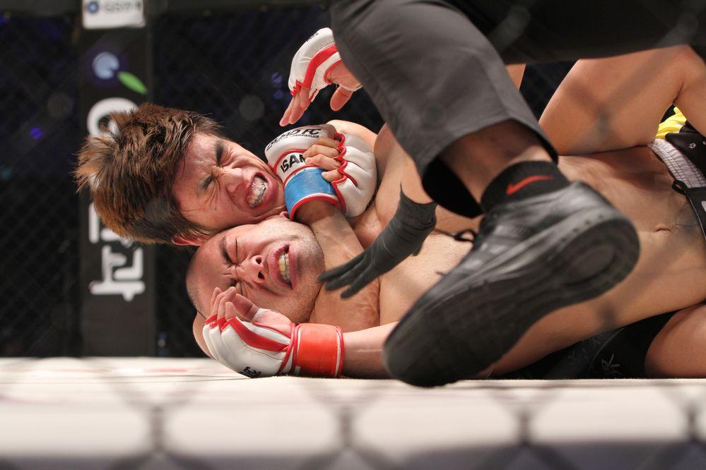 Cho Young-Seung vs Issei Tamura