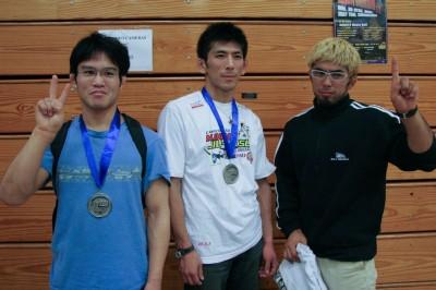 【写真】パン柔術がパンナムと呼ばれていた10年前、吉岡はライトフェザー級で2位になっている。中は茶帯フェザー級準優勝の関口和正、右は黒帯ライト級3位になった杉江大輔(C)MMAPLANET