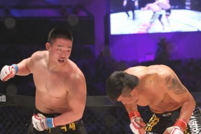 【写真】どちらかといえば旧韓国スタイルに大会ジョン・オジン。福田戦で距離や角度を屈しするネオ・コリアンMMAスタイルを取り入れてくることはあるのか(C)MMAPLANET