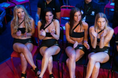 【Monday Ring Girl】GLORY WORLD SERIES 2012 – First 16