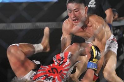 Maeda take Watanabe down