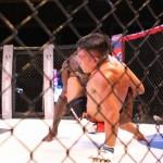 【PXC49】ジョーンズ、アベラルドの打撃・首相撲に苦しみながらも判定勝利