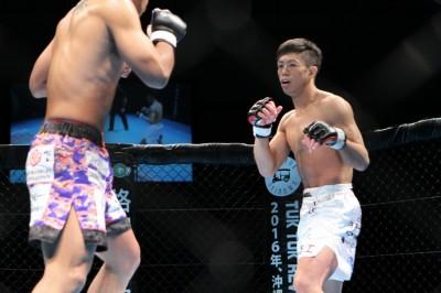 【写真】京都時代から、東京に移り今も行動を共にする釜谷真はボックス&ハイキックが特徴的なストライカー(C)MMAPLANET