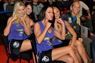 【Monday Ring Girl】Rumble of the Kings 2011