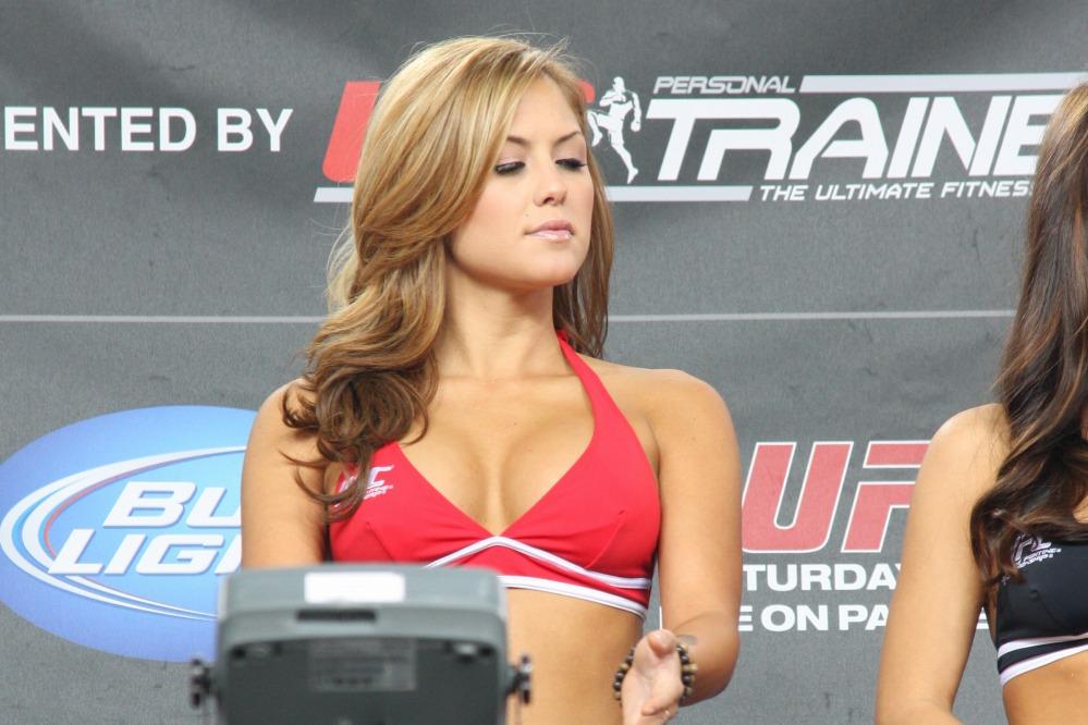 11 06 11 UFC131 01