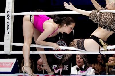 【Monday Ring Girl】United Glory 15「2012 Glory World Series」