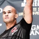 【UFC201】漢気ローラー=左の位置での右フック、気になる滑らかウッドリーのガード