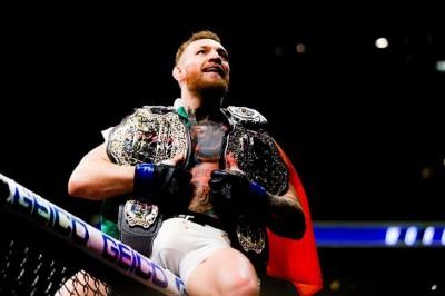 【UFC205】試合結果 史上初、マクレガーが2階級同時制覇!! ウッドリーとヨアナはベルト守り抜く