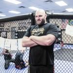 【UFC】ヘビー級の個性派脇役=ベン・ロズウェルが禁止薬物使用で出場停止に