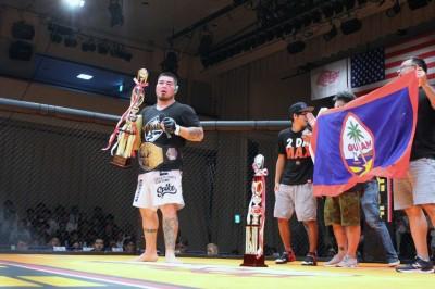 【Deep Cage】試合結果 ロッキー・マルチネス、上迫博仁、住村竜市朗が新チャンピオンに