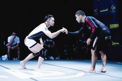 Uno vs Shaolin