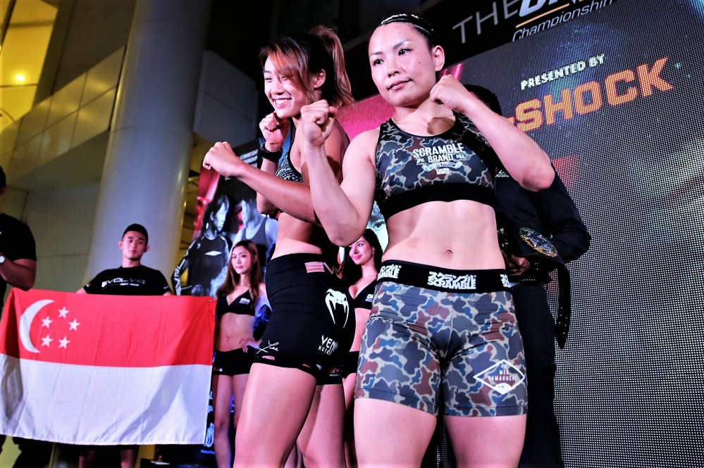 Angela Lee vs VV.mei