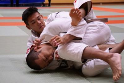 【JBJJF】RIZIN WEST柔術─01─ 茶帯ライトフェザー級決勝で山本博斗が吉岡優幸を返り討ち