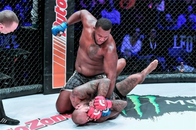 【Bellator211】試合結果 まさか、ここまでとは……。カラケス、MMAを舐め過ぎ??