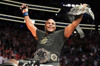 【UFC230】ヘビー級でも世界最高峰のコーミエーに対し、ルイスの勝機は25分間の右一発狙い!?!?