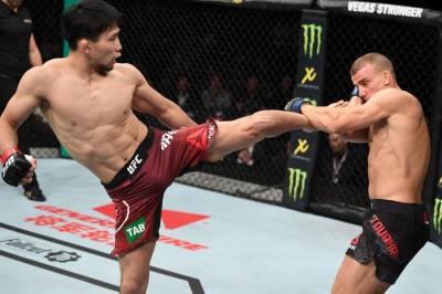 【UFC142】試合結果 日本勢、中村K太郎が勝利。岡見と廣田は判定負け、オセアニア勢も苦戦