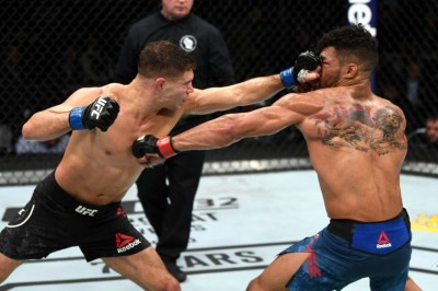 【UFC FOX31】試合結果 イアキンタがリーを返り討ち。オリヴェイラ&バルボーサが極め&打の強さ見せる