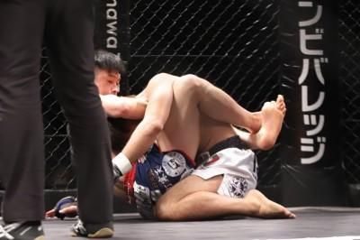 【HEAT44】春日井たけしが清水俊一をギロチンで44秒殺。「日拳の動きが見せられなかった」