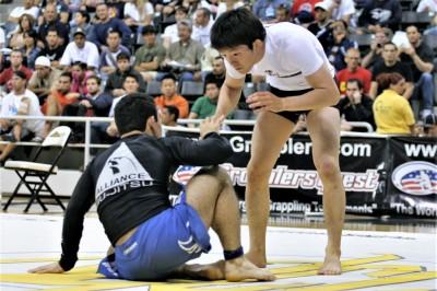 Marcelinho vs Aoki